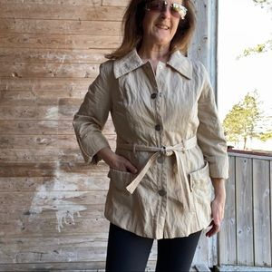 Liz Claiborne spring jacket with rolled sleeves